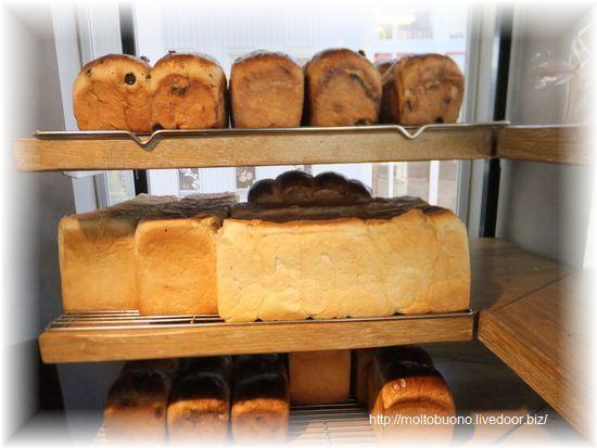 食パン-1