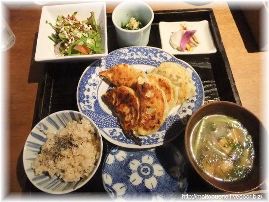 たっぷり野菜と雑穀のベジタブル餃子②-1