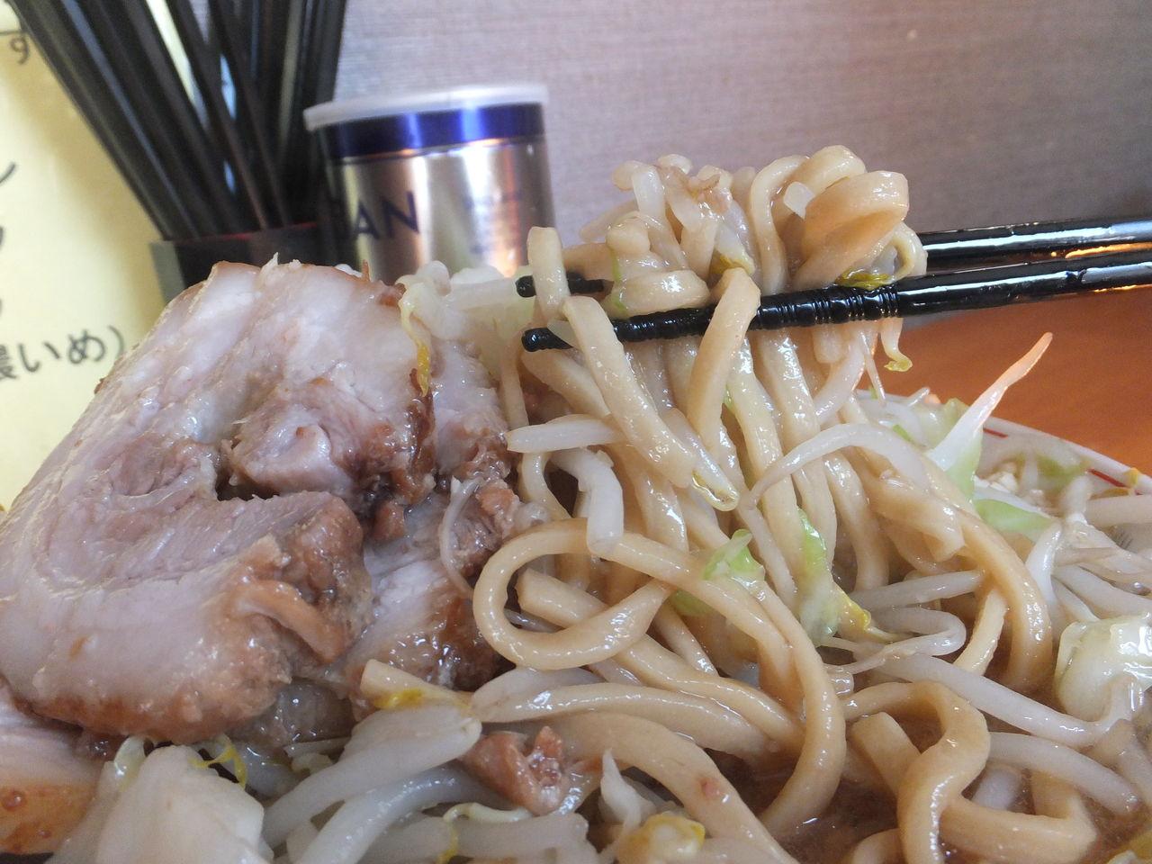 小ラーメン豚入り(野菜増・ニンニク)⑥