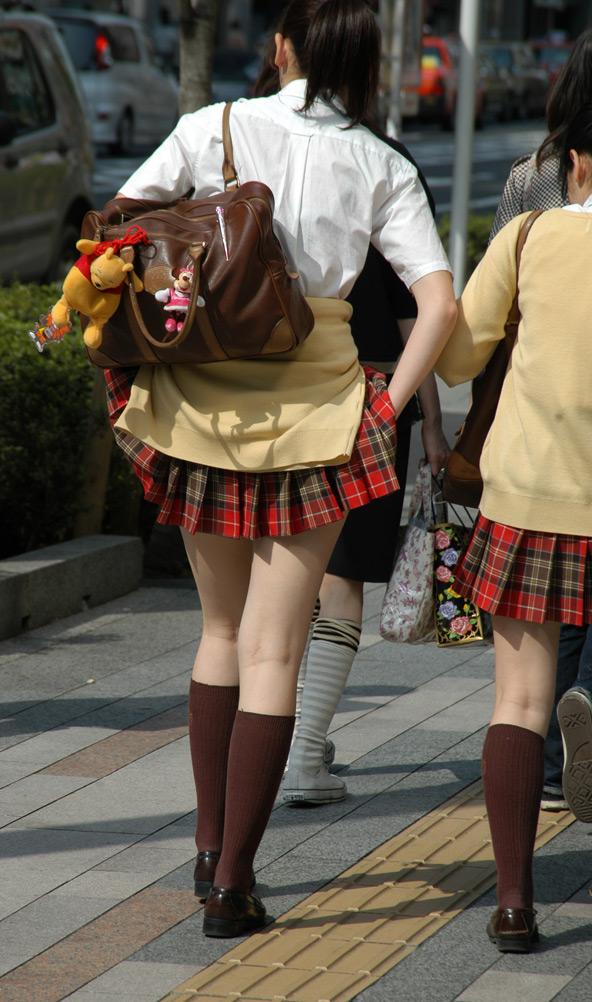【激ミニ】新潟の女子高生の制服【目一杯抜いて!】5YouTube動画>3本 ->画像>98枚