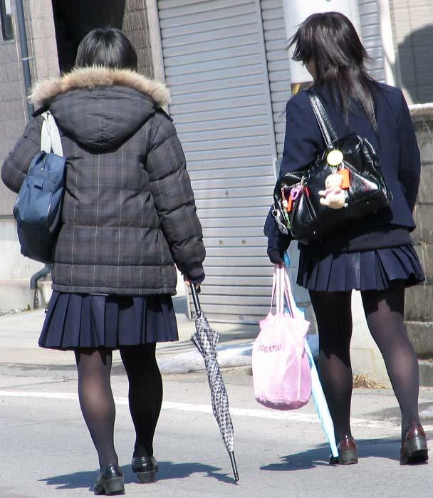 おいしそうな脚の女子高生136脚目YouTube動画>6本 ->画像>758枚