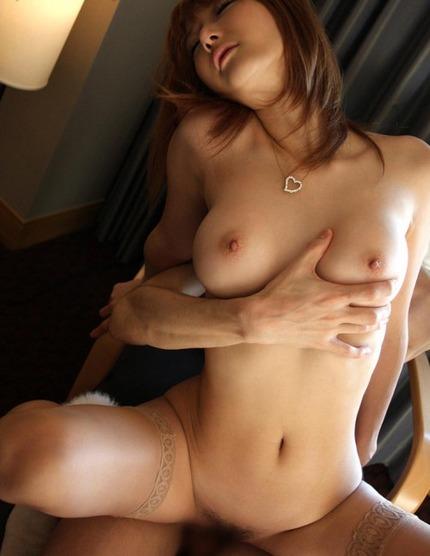 セックス おっぱい揉み エロ画像 (21)