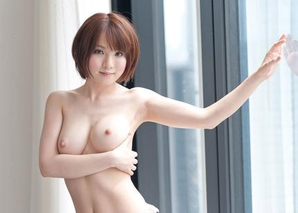 美乳 おっぱい エロ画像 (1)