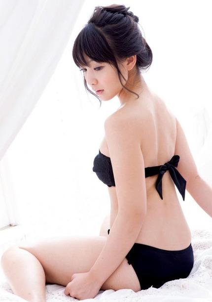 綺麗なお姉さん エロ画像 (4)