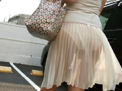 セクシーお姉さんの 着衣 エロ画像 (4)