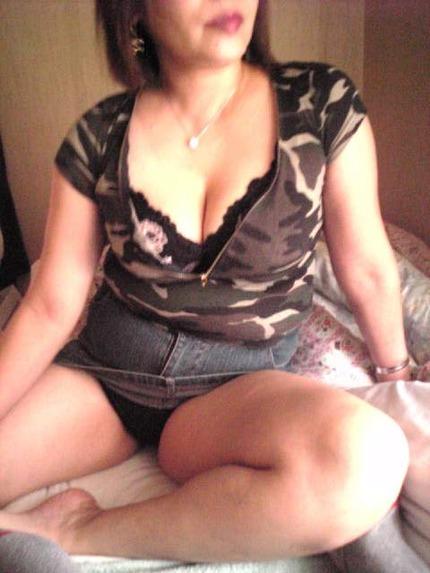 素人女の子のパンツおまんこ エロ画像 (16)