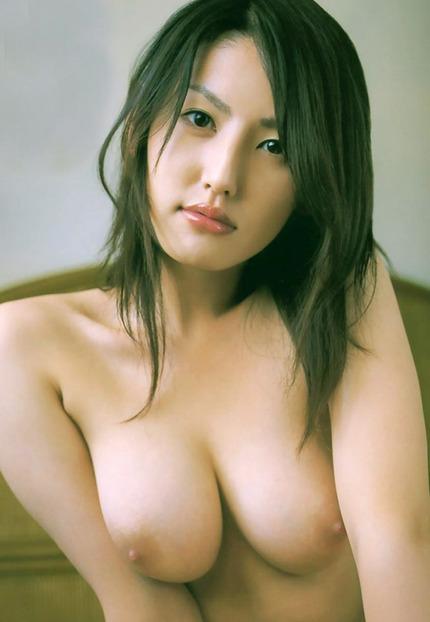 巨乳 おっぱいエロ画像 (9)