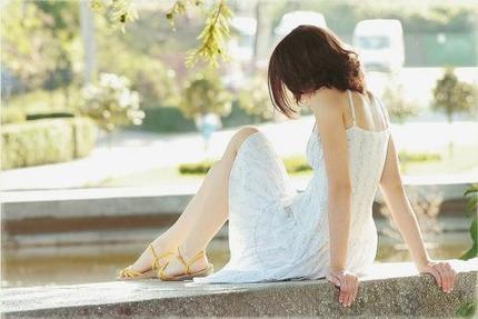 清楚なお姉さん エロ画像 (13)