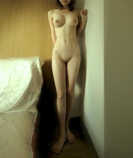 裸 ヌード エロ画像 (10)