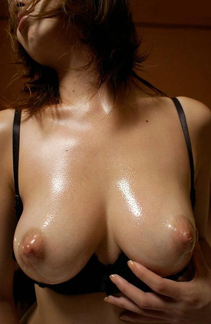巨乳 おっぱいエロ画像 (23)