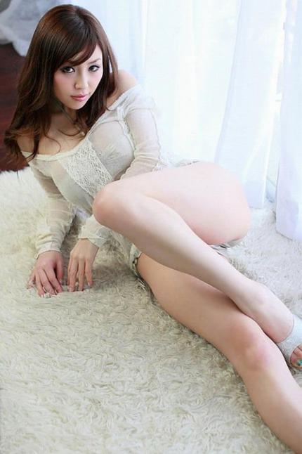 美脚 エロ画像 (2)