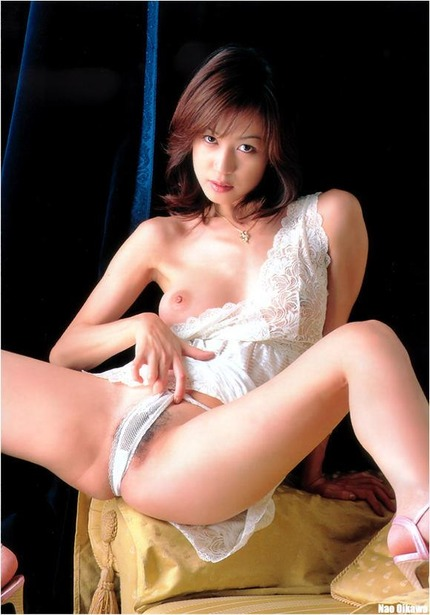 着衣で おっぱいとおまんこ エロ画像 (13)