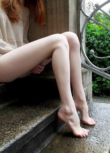 足指フェチのエロ画像 (22)