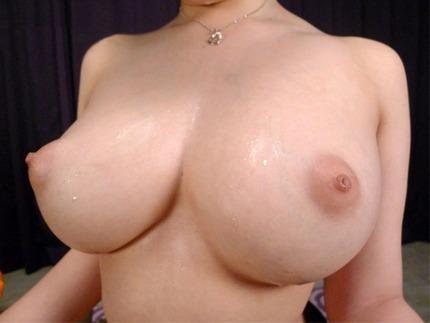 巨乳おっぱい エロ画像 (1)
