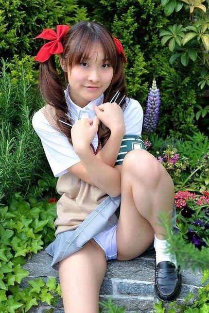 コスプレ制服のエロ画像 (23)