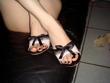 足指フェチのエロ画像 (3)