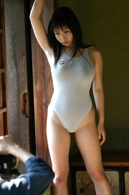 ムチムチボディーの エロ画像 (9)