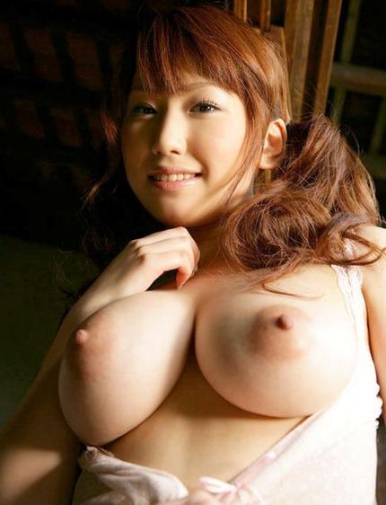 巨乳 おっぱい エロ画像 (18)