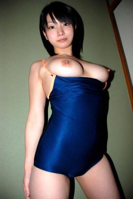 乳首ぽっちり エロ画像 (12)
