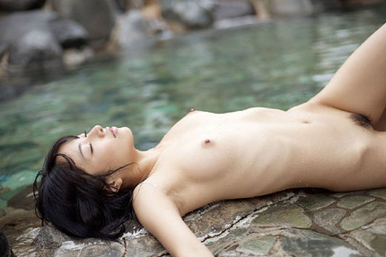 裸 ヌード エロ画像 (7)