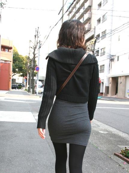 タイトスカートの 尻 エロ画像 (6)