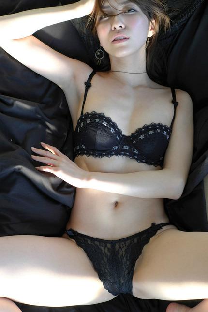 綺麗なお姉さんの下着 エロ画像 (16)