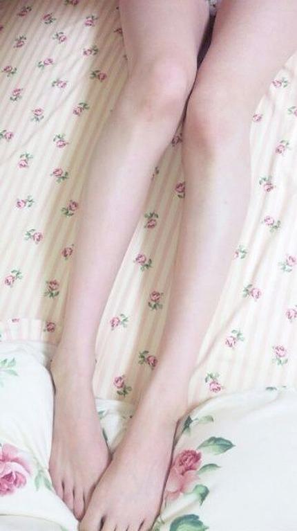 美脚 エロ画像 (21)