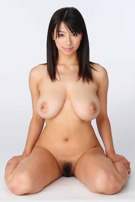 巨乳おっぱい エロ画像 (6)