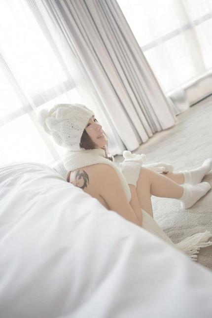 白肌 エロ画像 (4)