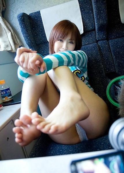 足指フェチのエロ画像 (5)