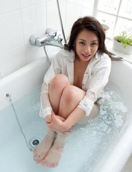 裸 シャツ エロ画像 (19)