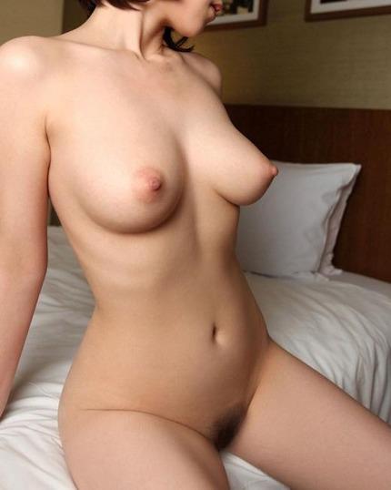 裸 ヌード エロ画像 (12)