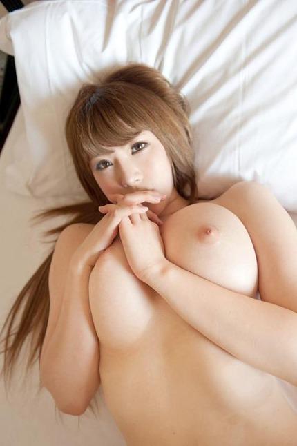 巨乳おっぱい エロ画像 (19)