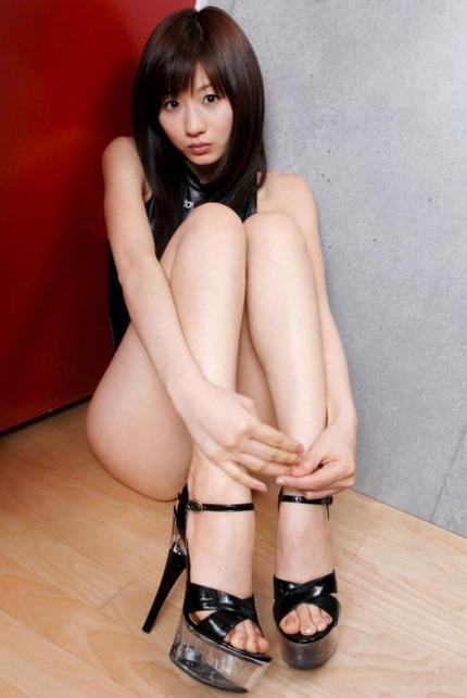ハイヒール美脚 エロ画像 (23)