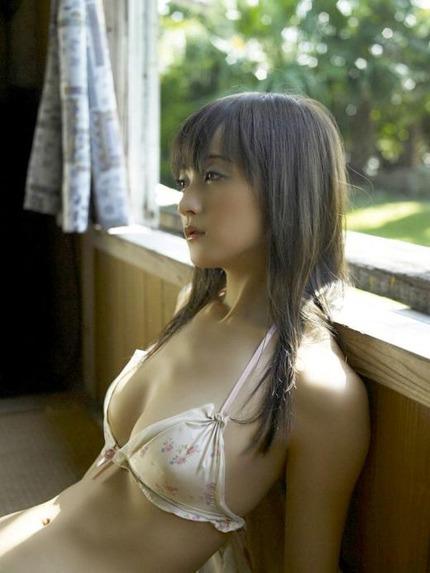 綺麗なお姉さん エロ画像 (5)