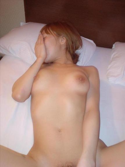 素人セックス エロ画像 (12)