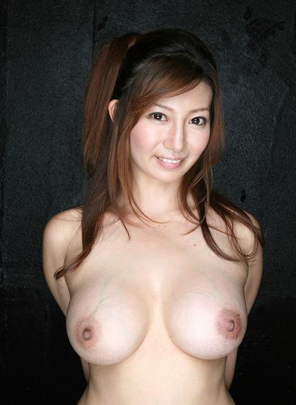 巨乳 おっぱいエロ画像 (6)