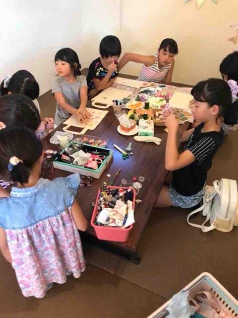 夏休み特別企画☆第1弾☆【くるみボタンを作ろう! ハギレでゴムを作ろう! 野菜ハンコで遊ぼう!】