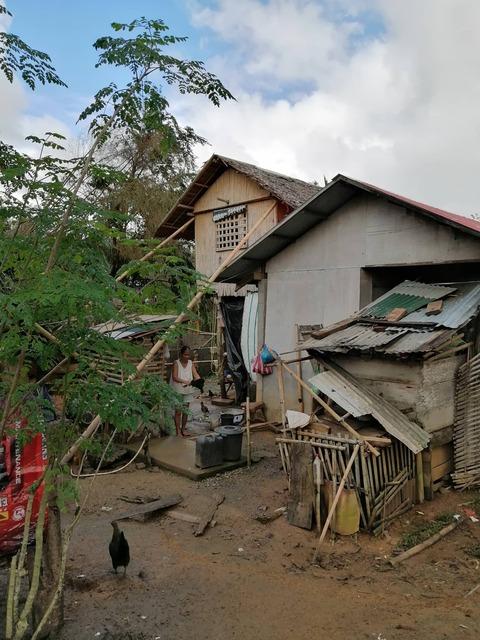 マリナオ村被災した家屋