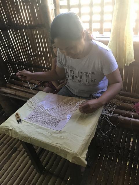 名古屋帯の編み手さん