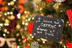 christmas-ornament-1042543_1280