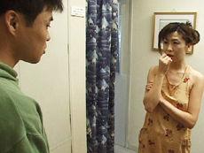 【無修正】鶴田真衣亭主への憂さ晴らしでクリーニング屋の若者とセックス