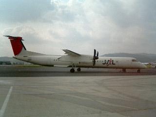 DHC8型機3