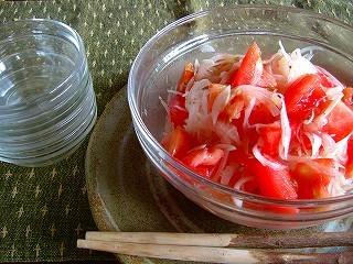 トマトとたまねぎのさっぱりサラダ