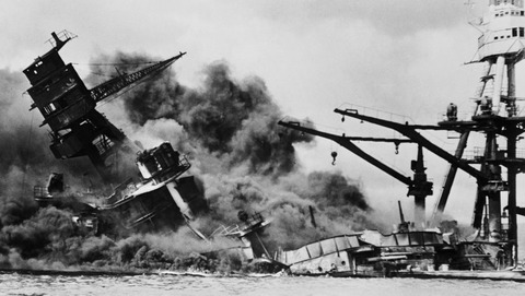uss_arizona_burning_sinking_small-e1590887413121-1024x578