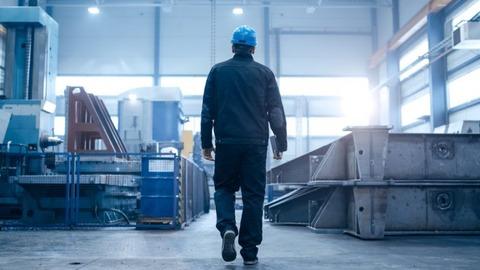 factory-work-job-change-700x394