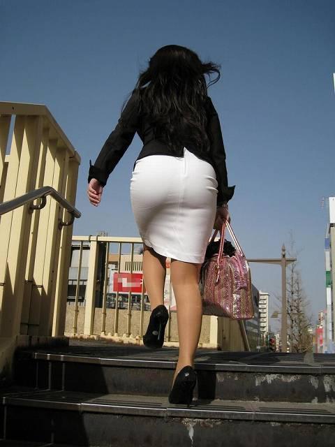055b7f3c - OL盗撮 街で見かけるタイトスカートのお姉さんたち3