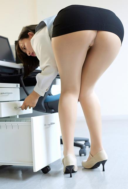 officelady_ass_20180713_070