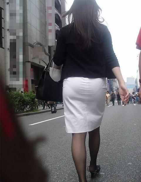 b431f102 s - OL盗撮 街で見かけるタイトスカートのお姉さんたち3