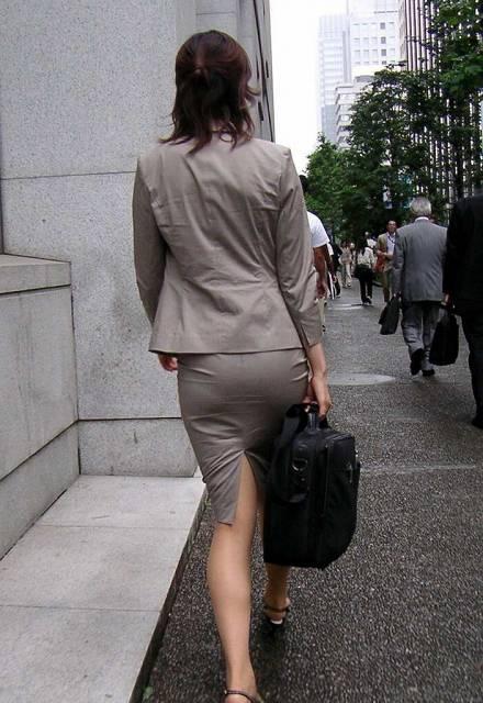 b627e9a6 - OL盗撮 街で見かけるタイトスカートのお姉さんたち3